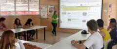 """12 jóvenes del CFGM """"Actividades Comerciales"""" visitan Leroy Merlin"""