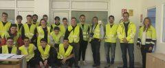 """15 joves CFGM Instal·lacions Elèctriques i Automàtiques de l'IES Son Pacs visiten l'empresa """"Palmallum"""""""