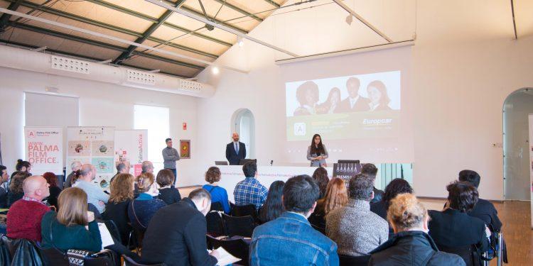 64 personas hacen entrevistas de trabajo a PalmaActiva para Europcar
