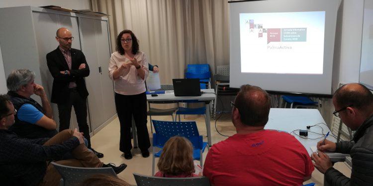 PalmaActiva dona a conèixer les seves ajudes per al comerç a l'Associació d'Indústria i Comerç de Son Ferriol