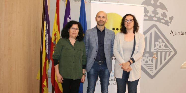 """PalmaActiva i Educació presenten el projecte """"Comerç i escola"""""""