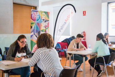 80 persones fan entrevistes de feina gràcies a una nova jornada de selecció de PalmaActiva
