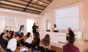 26 persones fan entrevistes de feina gràcies a una nova jornada de selecció de PalmaActiva