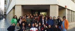 32 jóvenes del CFGM Técnico con atención a personas en situación de dependencia (TAPSD) de La Salle de Palma y una joven estudiante del último año de Trabajo Social han visitado Cruz Roja Baleares
