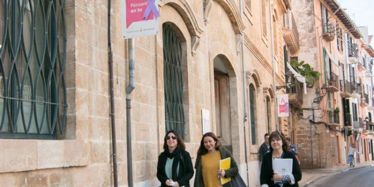 El paro interanual bajó en Palma el mes de julio en 6.572 personas, un 21,47%