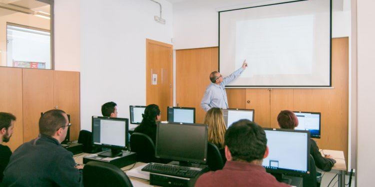 Finaliza el programa de formación dual Palma Web II de PalmaActiva, gracias al cual 7 jóvenes se han formado durante un año mientras trabajaban en empresas del sector TIC