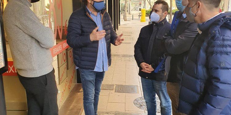 El regidor de Promoció Ecònomica i Ocupació Rodrigo Romero visita zones comercials de Palma amb AFEDECO